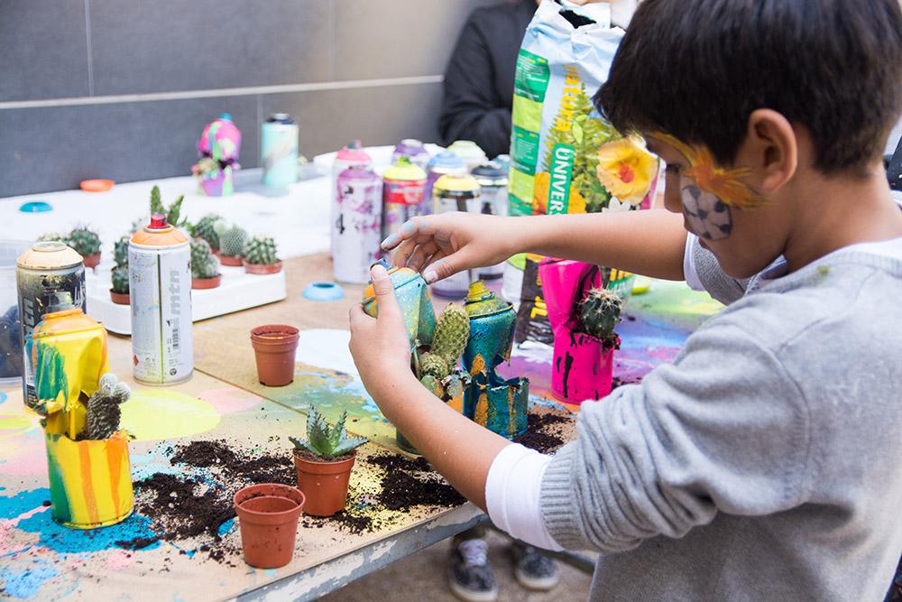 taller de reciclaje y arte urbano